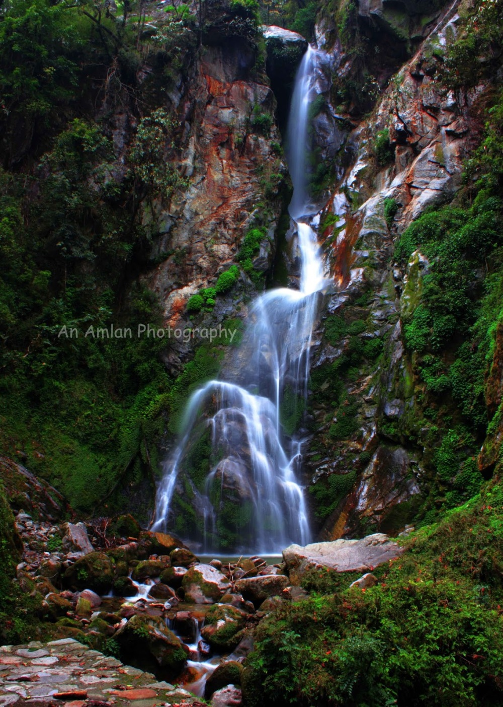 9f42f-mainbass2bwaterfalls